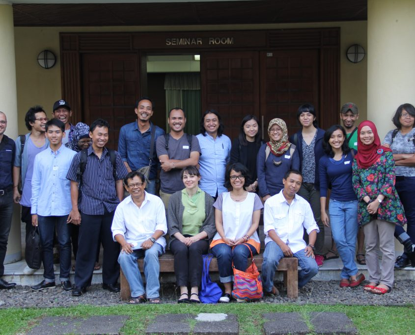 Fig, 1. Photo: Workshop participants gathering at the Biology Research Centre, Museum Zoologi Bogor, Cibinong, Indonesia, May 2015.